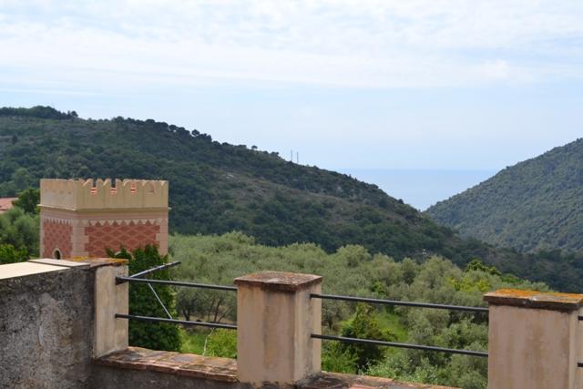 Rustico / Casale in vendita a Finale Ligure, 12 locali, prezzo € 390.000 | PortaleAgenzieImmobiliari.it