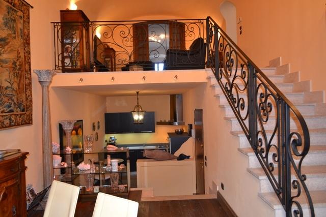 Appartamento in vendita a Finale Ligure, 5 locali, zona Zona: Finalborgo, prezzo € 475.000 | CambioCasa.it
