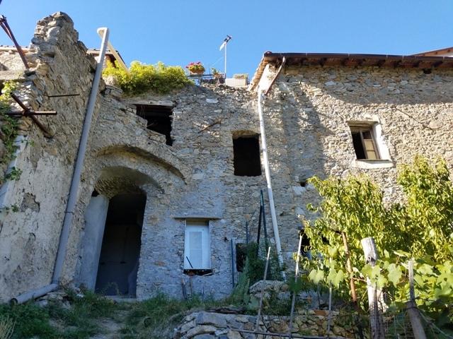 Rustico / Casale in vendita a Balestrino, 5 locali, zona o, prezzo € 69.000 | PortaleAgenzieImmobiliari.it