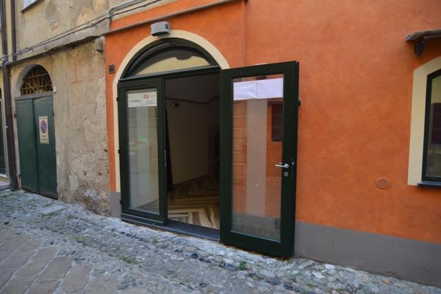 Negozio / Locale in vendita a Finale Ligure, 1 locali, zona Zona: Finalborgo, prezzo € 110.000   CambioCasa.it