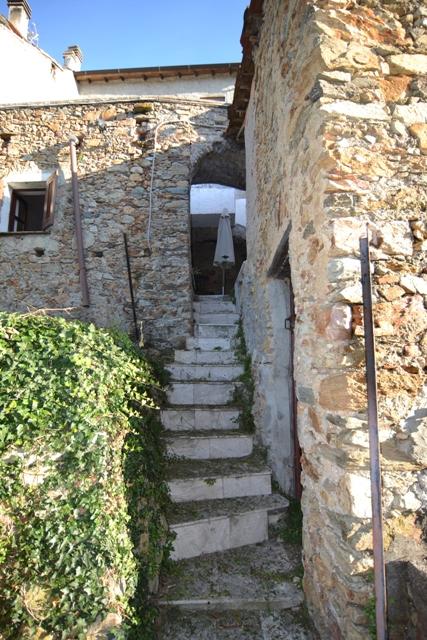 Foto 1 di Rustico / Casale Via Campei, Vezzi Portio
