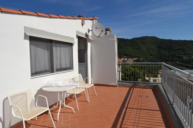 Rustico / Casale in vendita a Balestrino, 6 locali, zona alla, prezzo € 207.000 | PortaleAgenzieImmobiliari.it