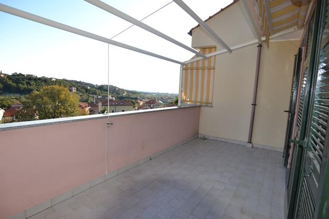 Appartamento in vendita a Toirano, 4 locali, prezzo € 295.000 | PortaleAgenzieImmobiliari.it
