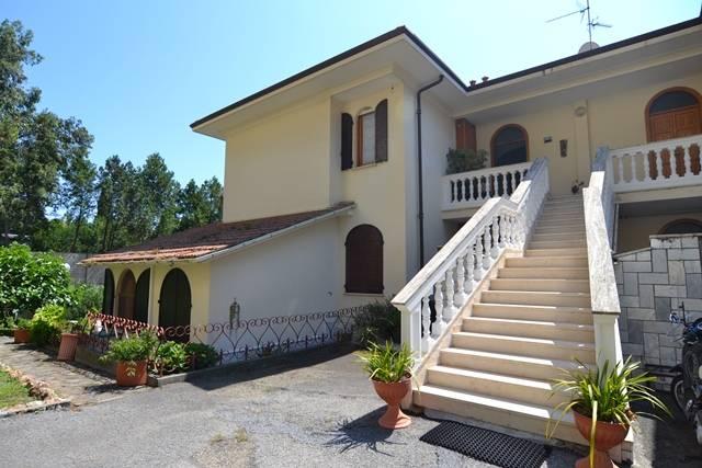 Appartamento in vendita a Bordighera, 4 locali, prezzo € 430.000 | PortaleAgenzieImmobiliari.it