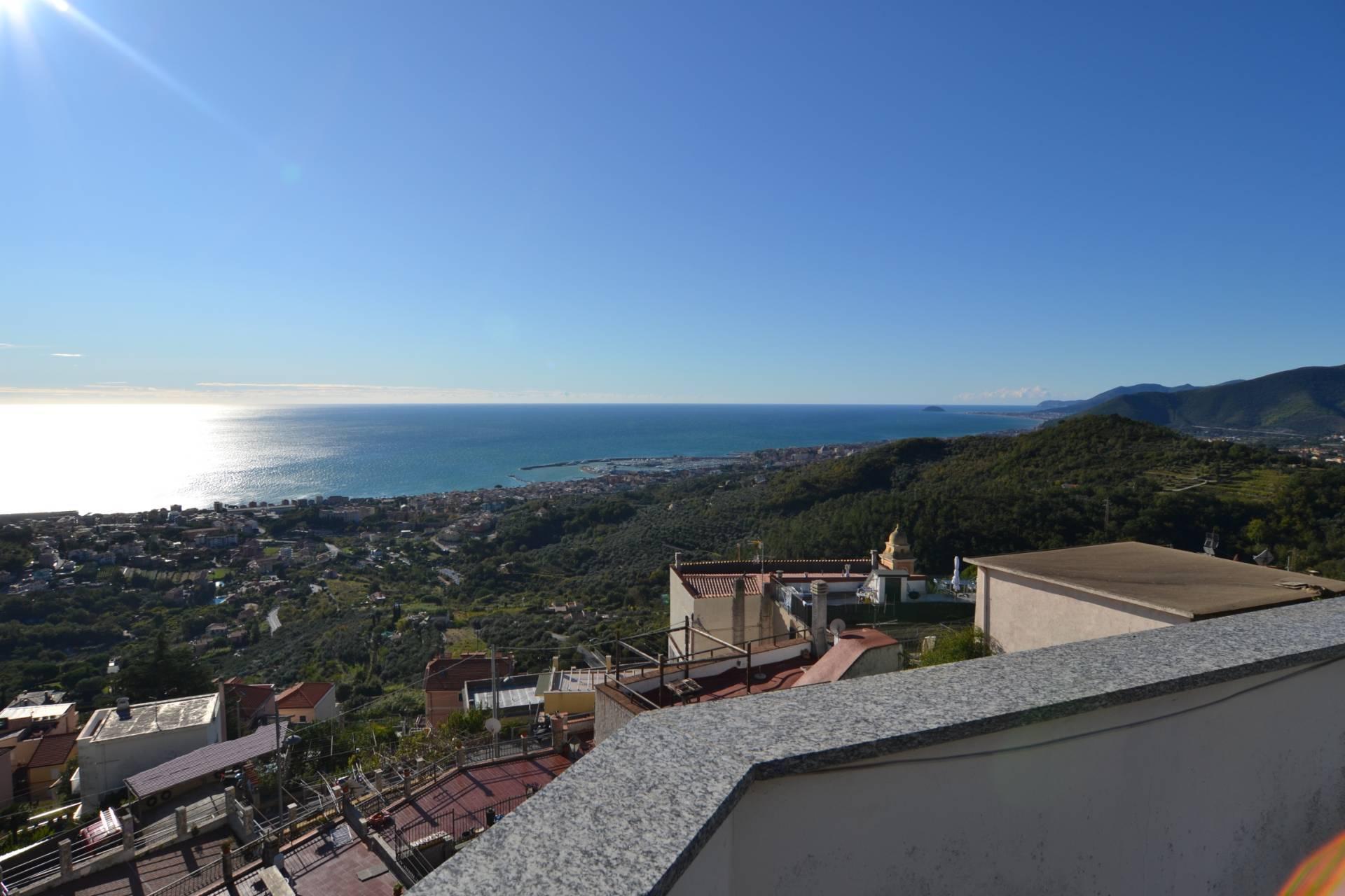 Foto - Villa In Vendita Pietra Ligure (sv)