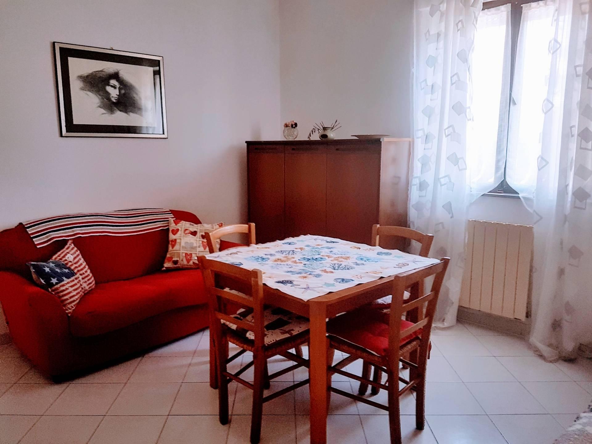 vendita appartamento viareggio varignano  180000 euro  6 locali  80 mq