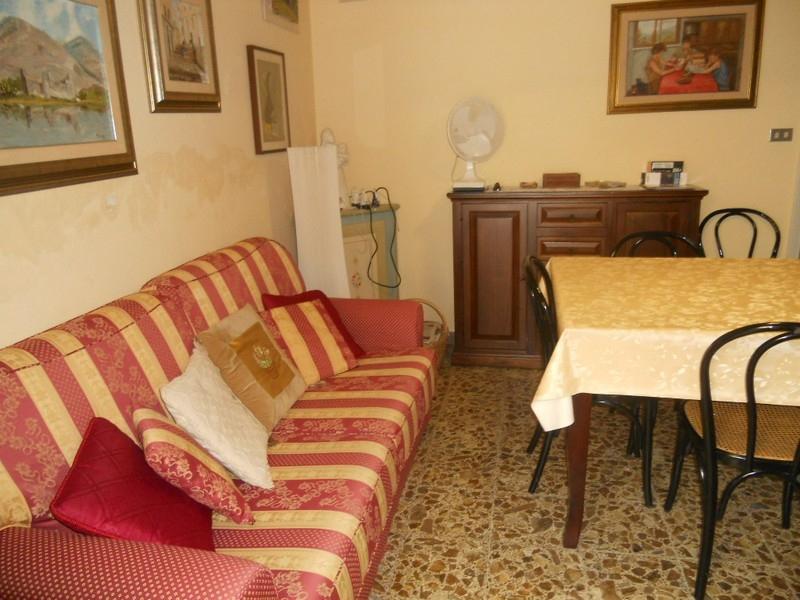 viareggio vendita quart: centro mediterranea immobiliare s.n.c.
