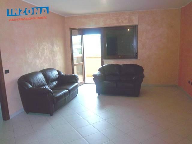 Appartamento in affitto a Teramo, 4 locali, zona Località: PianoDAccio, prezzo € 350 | Cambio Casa.it