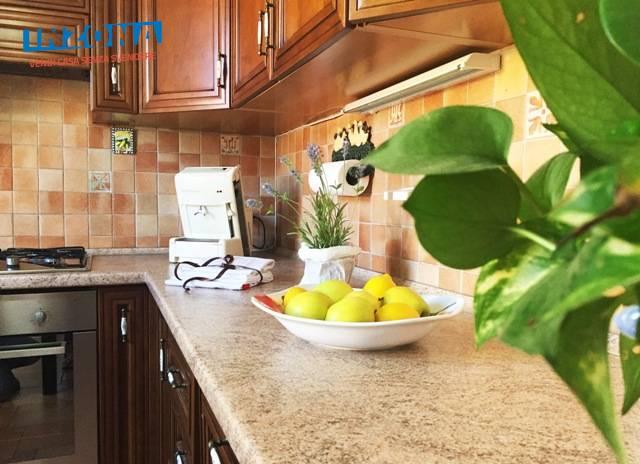 Appartamento in vendita a Teramo, 4 locali, zona Località: Primaperiferia, prezzo € 85.000 | Cambio Casa.it