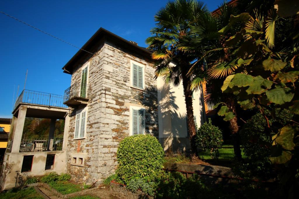 Soluzione Indipendente in vendita a Verbania, 6 locali, zona Zona: Trobaso, prezzo € 160.000 | Cambio Casa.it
