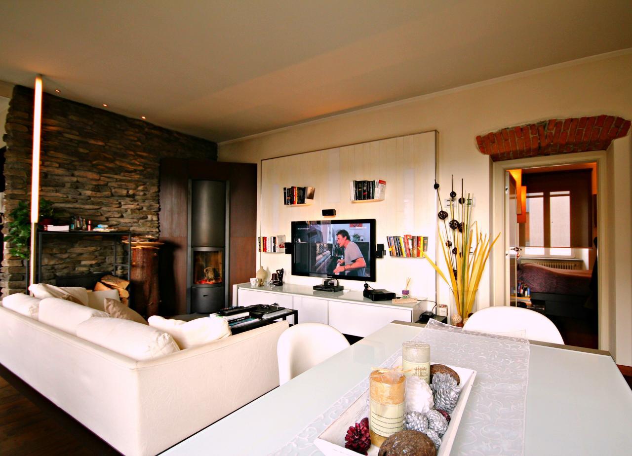 Appartamento in vendita a Verbania, 3 locali, zona Zona: Intra, Trattative riservate | Cambio Casa.it