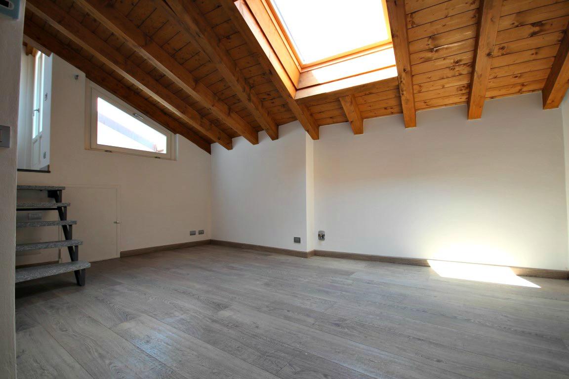 Appartamento in vendita a Verbania, 3 locali, zona Località: Pallanzacentro, prezzo € 230.000 | Cambio Casa.it