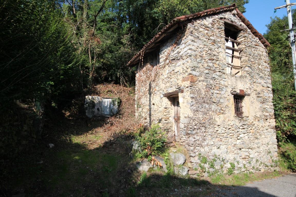 Rustico / Casale in vendita a Ghiffa, 2 locali, zona Zona: Susello, prezzo € 27.000 | Cambio Casa.it