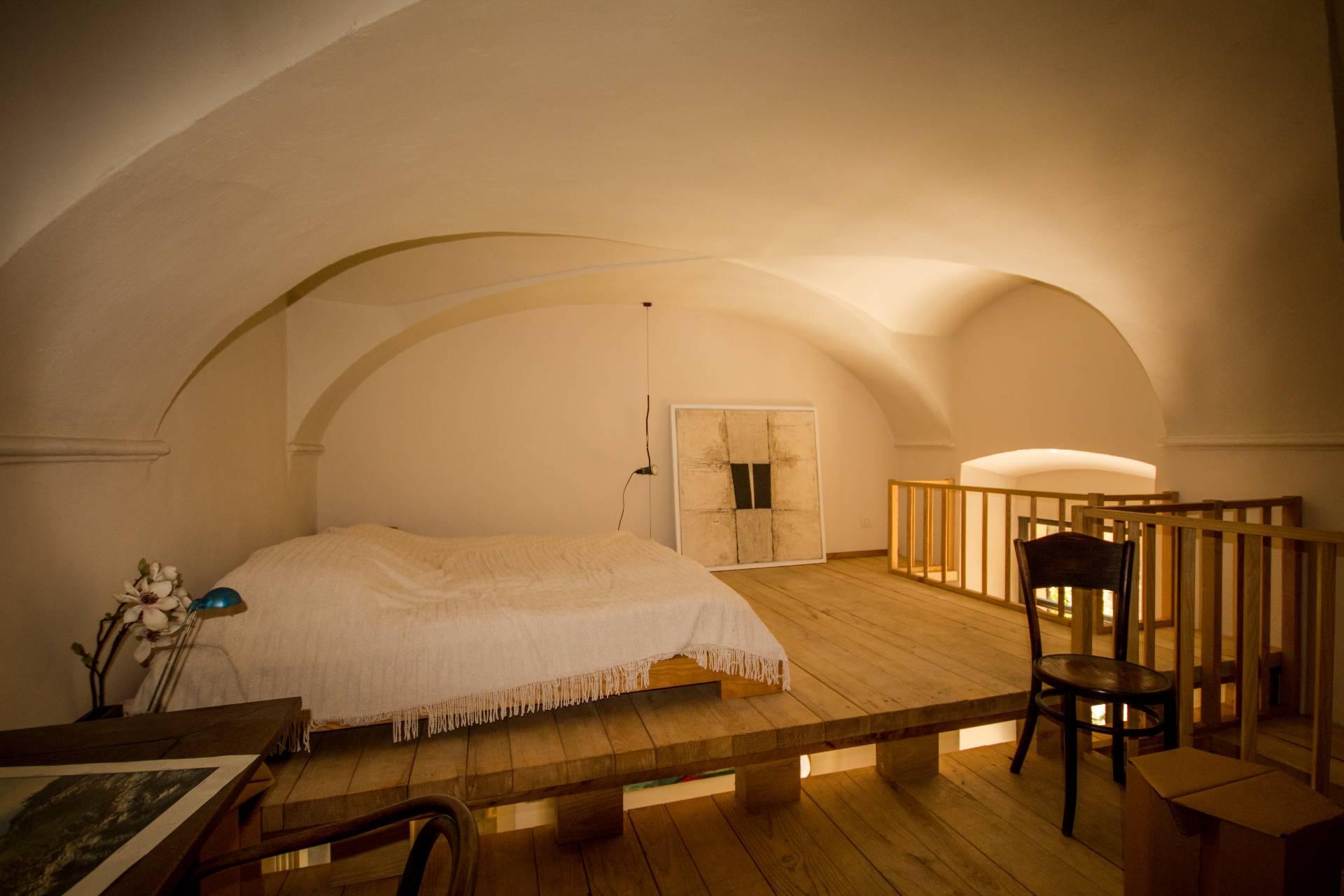 Appartamento in vendita a Verbania, 4 locali, zona Località: Intracentro, Trattative riservate | Cambio Casa.it