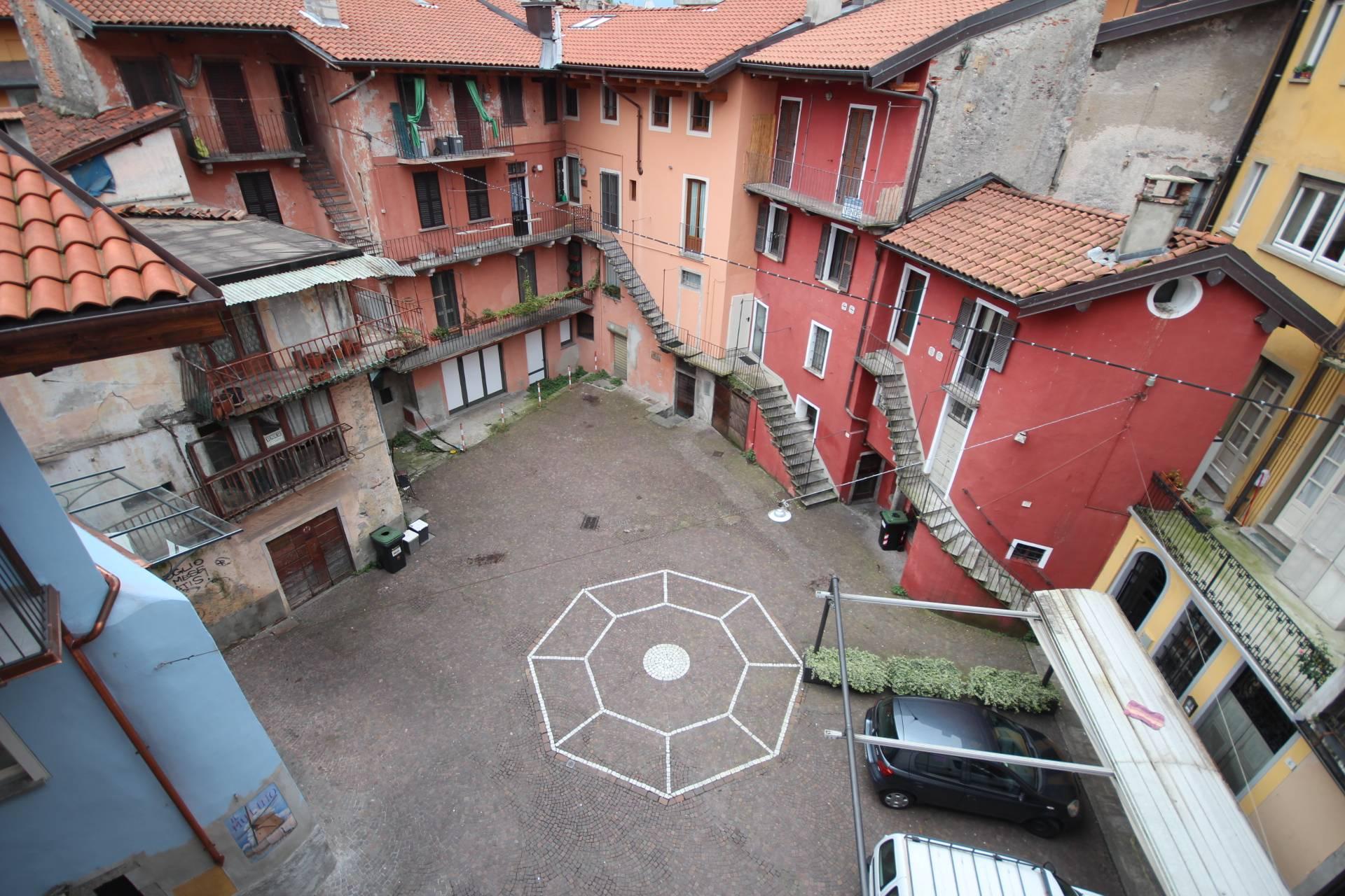 Appartamento in vendita a Verbania, 2 locali, zona Zona: Intra, prezzo € 80.000 | Cambio Casa.it