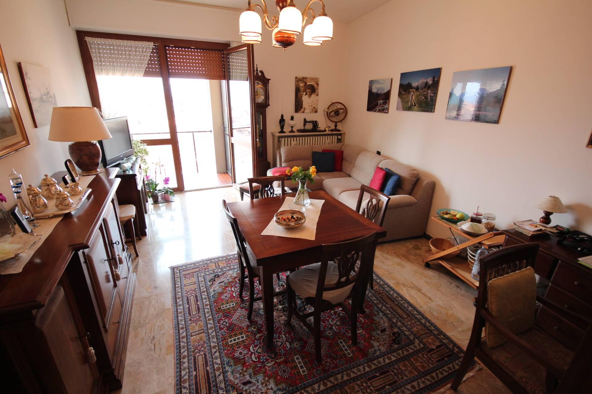Appartamento in vendita a Verbania, 2 locali, zona Zona: Pallanza, prezzo € 200.000 | Cambio Casa.it