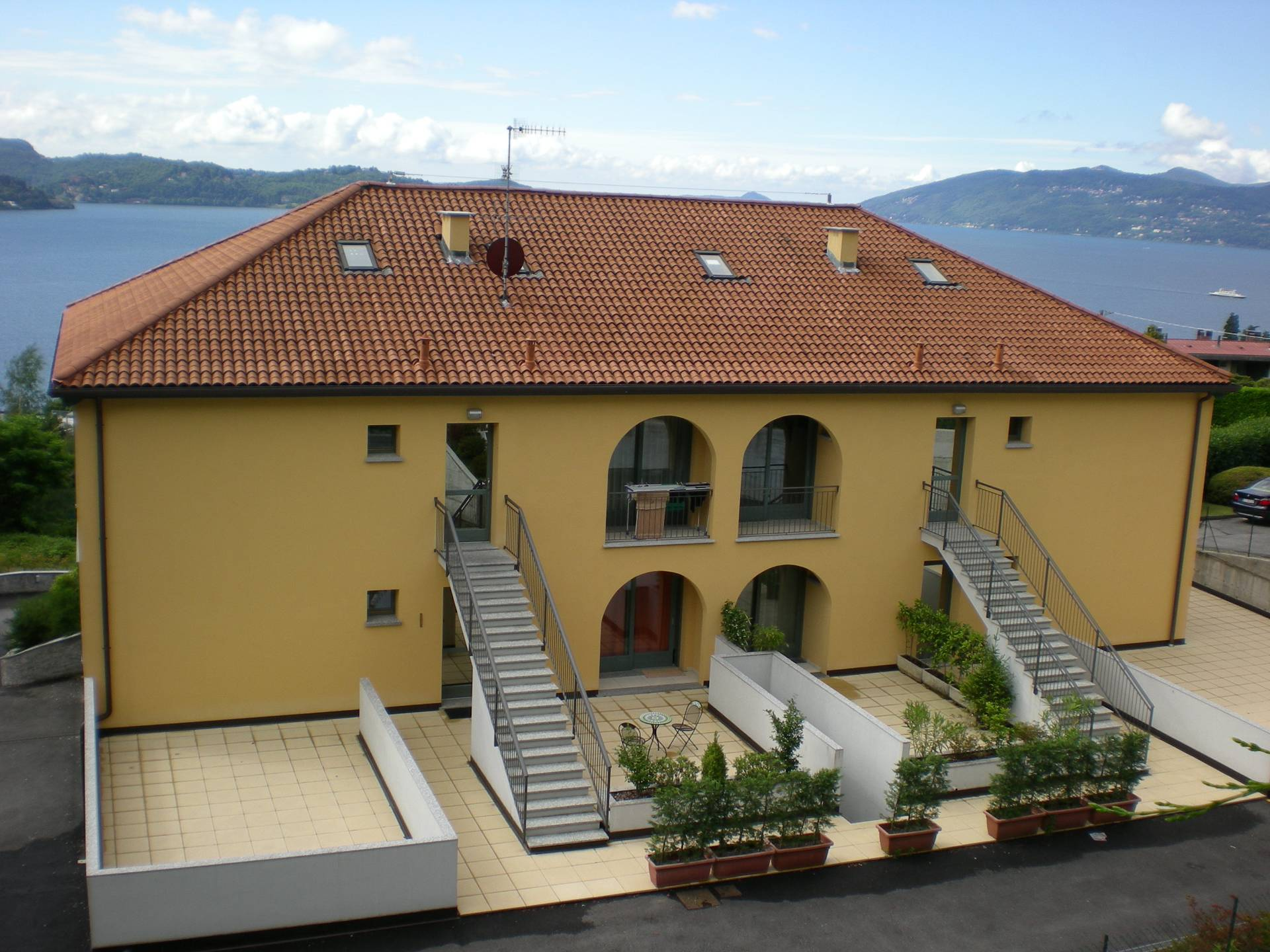 Ghiffa, Apartment with terrace Lake view garden parking at Sale Cod. 41T