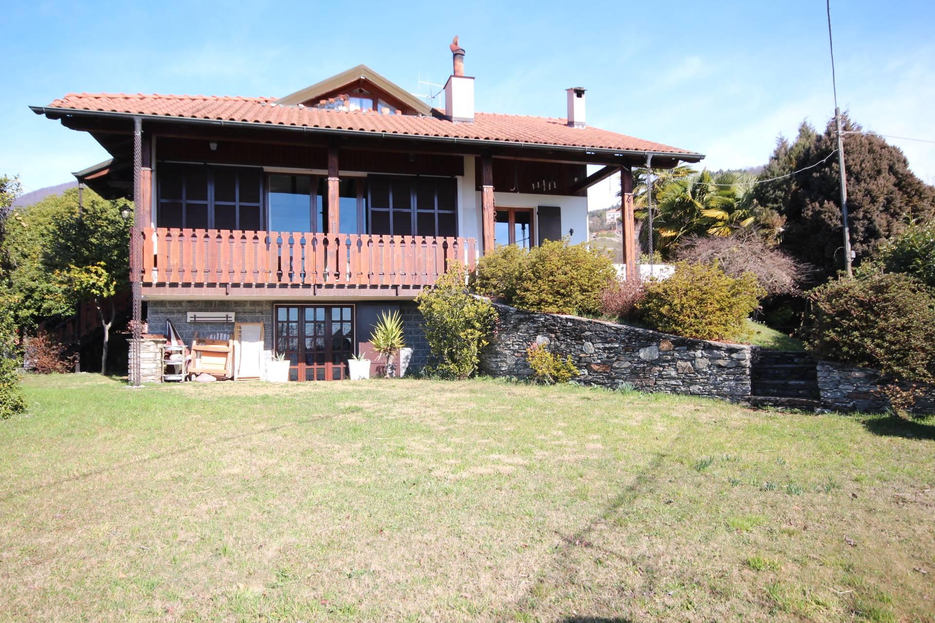 Soluzione Indipendente in vendita a Ghiffa, 7 locali, zona Zona: Susello, prezzo € 380.000 | Cambio Casa.it
