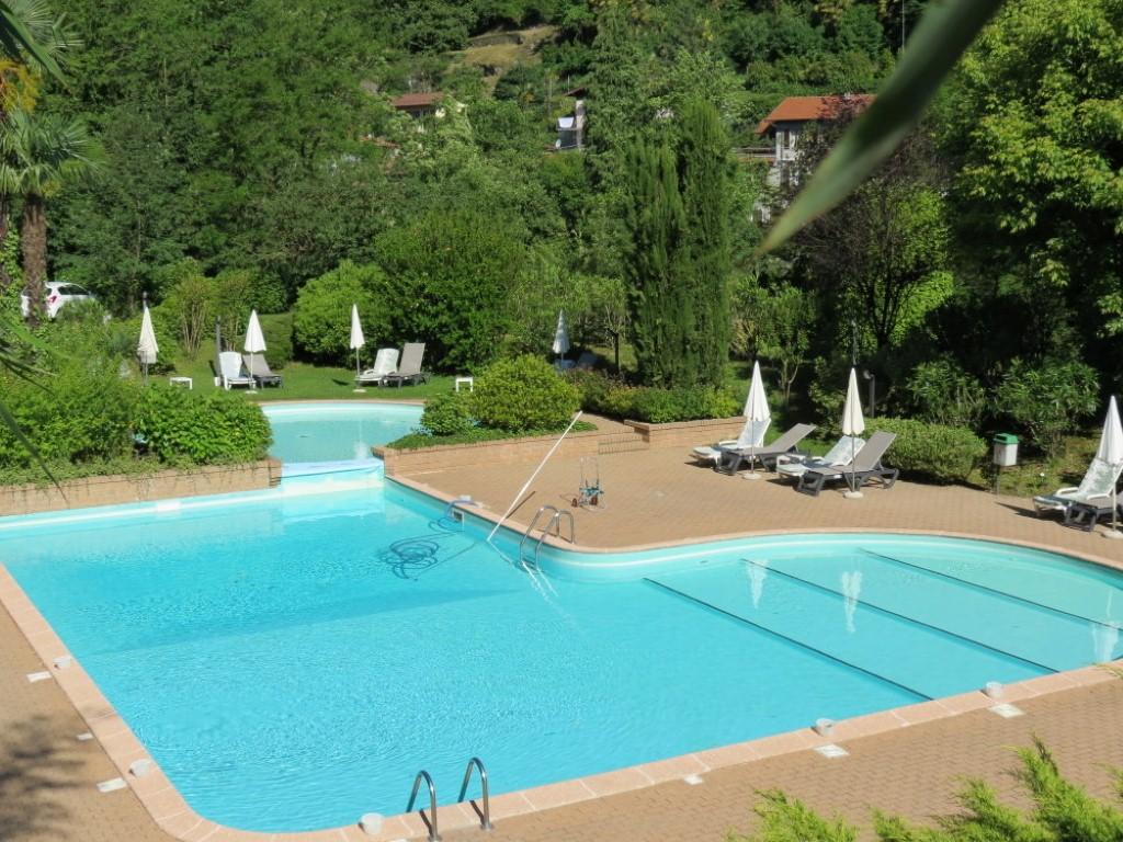 Ghiffa stupendo appartamento con terrazza vista lago piscina posto - Piscina hidron campi ...