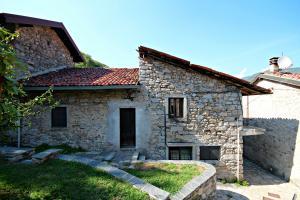 Mergozzo, Semi-detached house at Sale