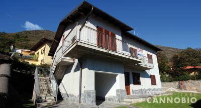 Ghiffa, four-room apartment at Sale
