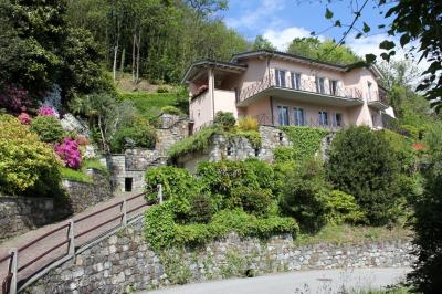 Cannobio, Luxus Villa with Lake view, garden pool at Sale