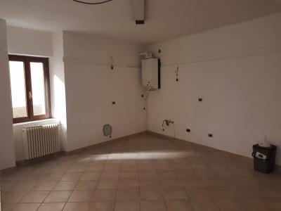 Verbania, appartamento monolocale in Vendita