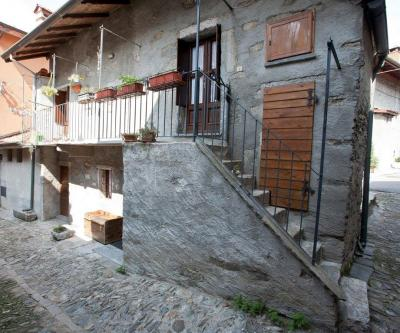 Verbania, Semi-detached house at Sale
