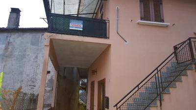 San Bernardino Verbano, Casa semindipendente con ampia terrazza in Vendita