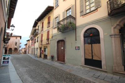 Cannobio, Commercial Property at Sale
