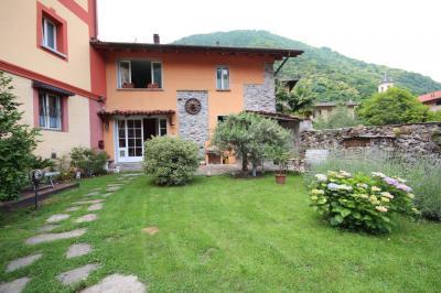 Cannobio, Einfamilienhaus mit Garten und Garage zu verkaufen