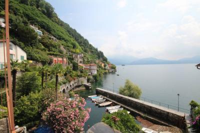 Cannero Riviera, Casa fronte porto vecchio con meravigliosa vista lago in Vendita