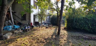 Verbania, Casa Semindipendente con Vista Lago e Giardino in Vendita
