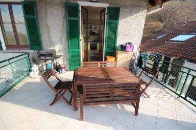Ghiffa, Dreizimmerwohnung mit Balkon und Garage zu verkaufen