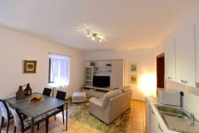 Cannobio, renovated apartment  in the historical centre at Sale