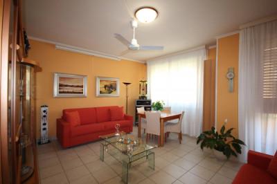 Cannobio, Appartamento con Terrazzo e Garage in Vendita