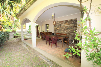 Verbania, charming house with garden at Sale