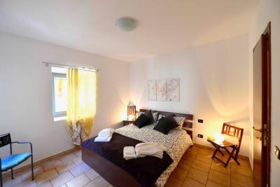 Cannobio, Grazioso Appartamento nel centro storico in Affitto