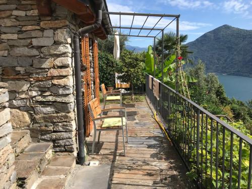 Cannobio, Einfamilienhaus mit Terasse, Seesicht und Garten zu verkaufen