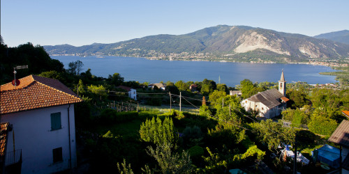 Verbania, house with own garden, lake's viws completly sourranded by nature at Sale