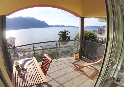 Ghiffa, Appartement direkt am See, große Terrasse, nahe der Werft, Schwimmbad, Tennisplätze zu verkaufen