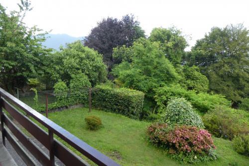Arizzano, Wohnung mit Balkon, Seeblick und Parkplatz zu verkaufen