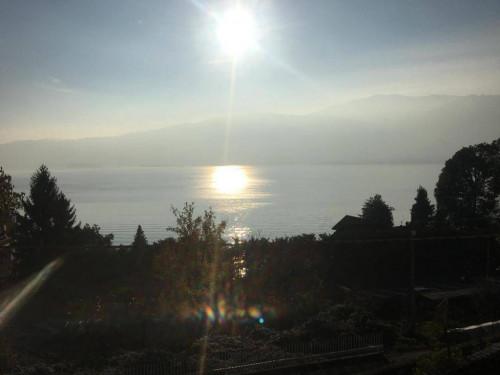 Verbania, Wohnung mit Balkon, Seeblick und Parkplatz zu verkaufen
