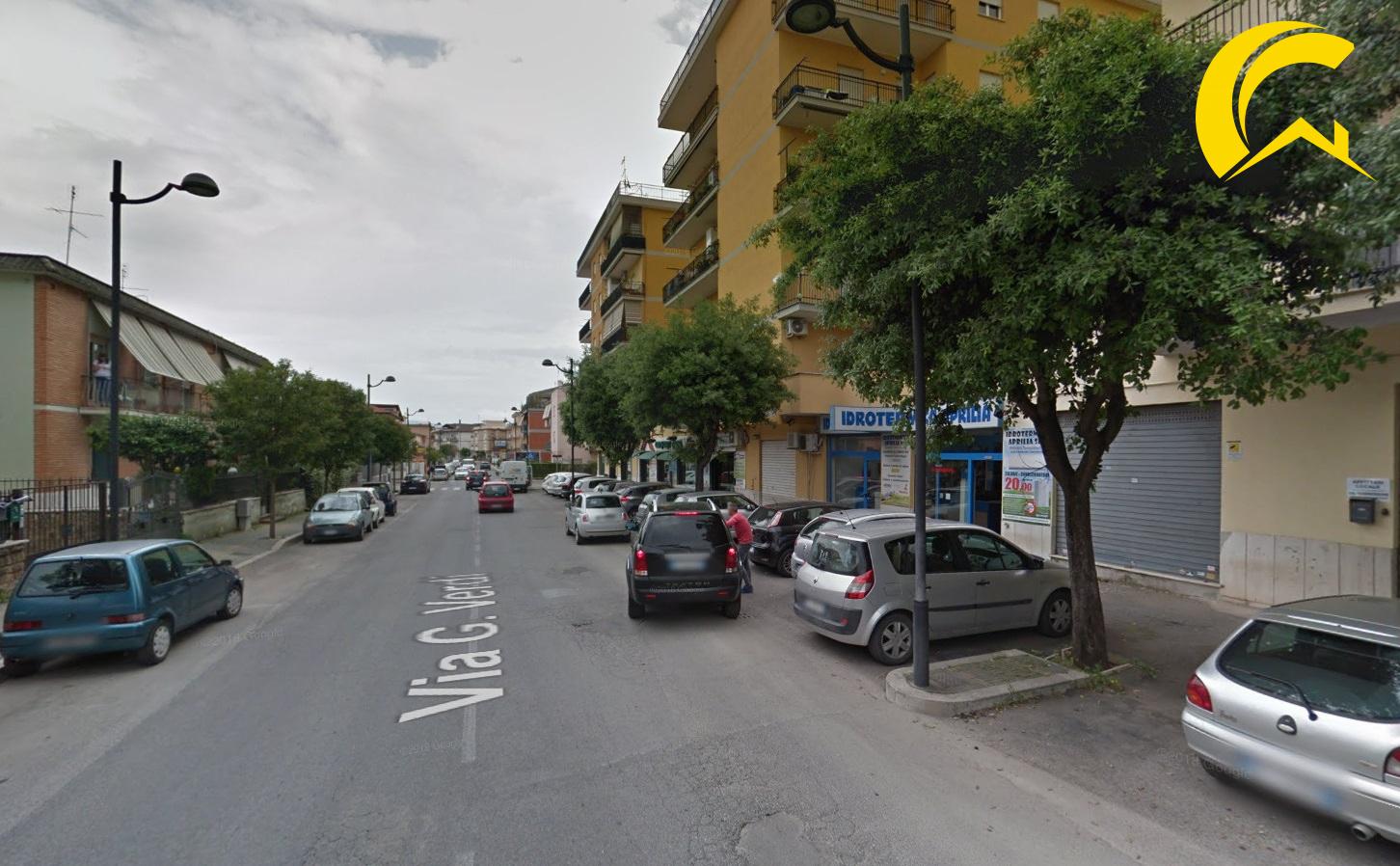 Negozio / Locale in Vendita a Aprilia