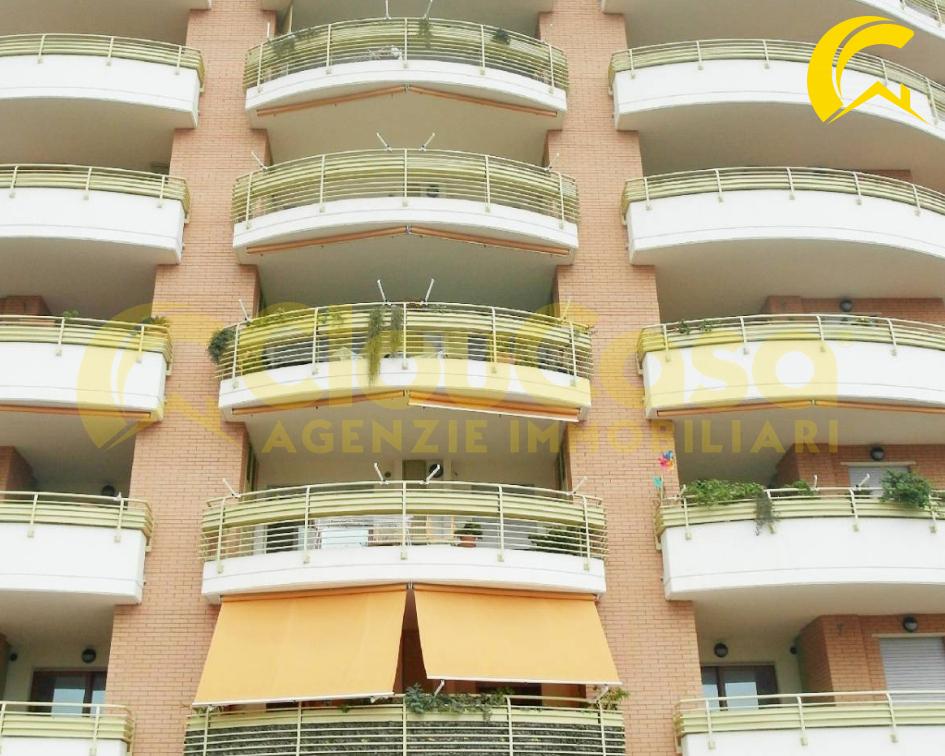 Appartamento in affitto a Aprilia, 2 locali, zona Località: Carroceto-ZonaPoloscolastico, prezzo € 400 | CambioCasa.it