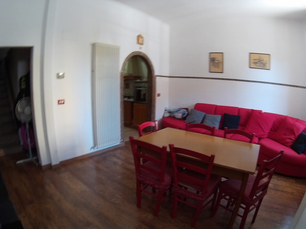 Soluzione Indipendente in vendita a San Benedetto del Tronto, 5 locali, zona Località: Residenziale(sopralastatale, prezzo € 125.000   Cambio Casa.it