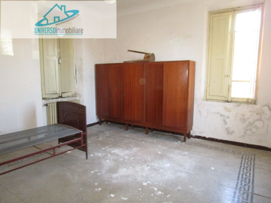 Soluzione Indipendente in vendita a Monsampolo del Tronto, 8 locali, zona Zona: Monsampolo, prezzo € 155.000 | Cambio Casa.it