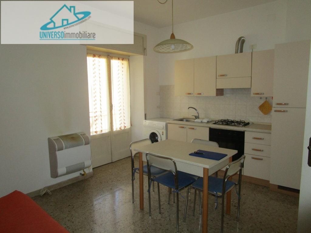 Appartamento in affitto a Colli del Tronto, 2 locali, zona Località: VillaSanGiusepe, prezzo € 350 | Cambio Casa.it