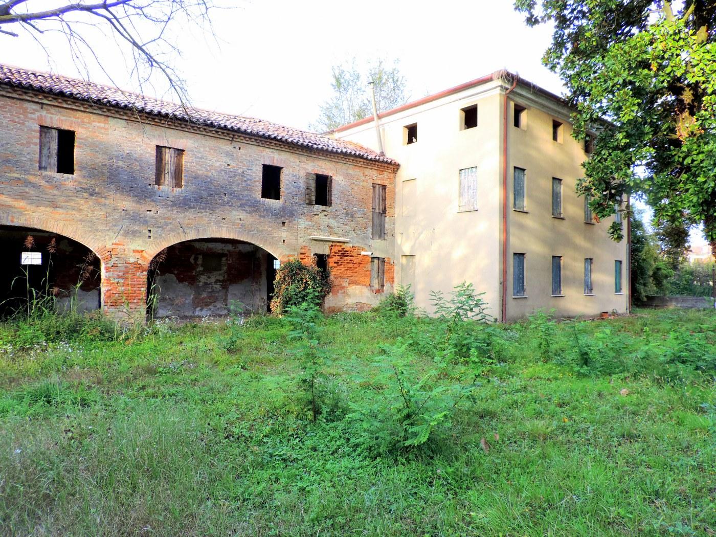 Rustico / Casale in vendita a Campo San Martino, 6 locali, zona Zona: Marsango, prezzo € 199.000 | CambioCasa.it