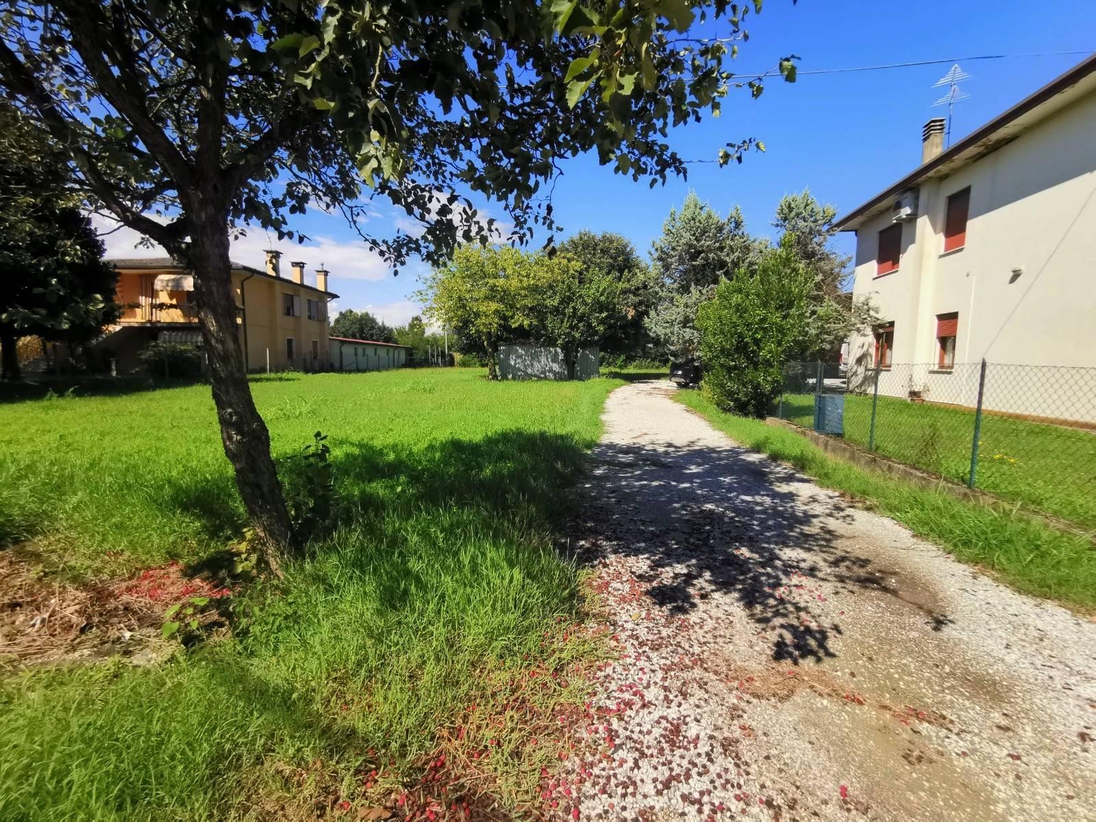 Villa Bifamiliare in vendita a Campo San Martino, 6 locali, zona Località: BUSIAGOVECCHIO, prezzo € 205.000 | CambioCasa.it